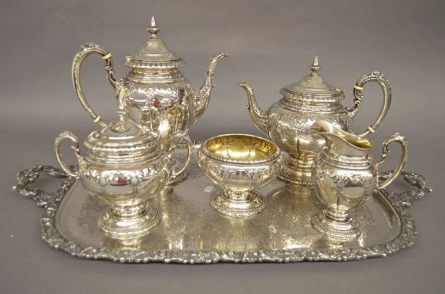 """TOWLE  """"OLD MASTER"""" STERLING SILVER TEA SERVICE"""