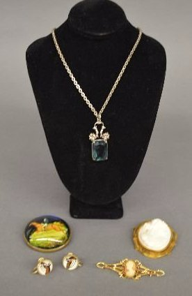 5 PIECES VICTORIAN JEWELRY, INCLUDING STERLING, GOLD