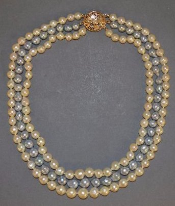 TRIPLE STRAND MING'S HONOLULU PEARL NECKLACE