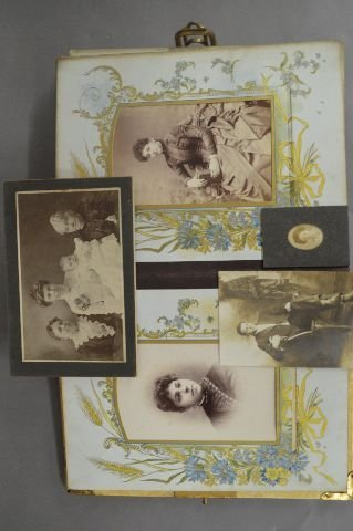LOT OF 3 VICTORIAN PHOTO ALBUMS - 5