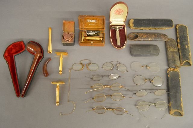 10 PAIRS ANTIQUE  GLASSES, RAZORS, AND PIPES