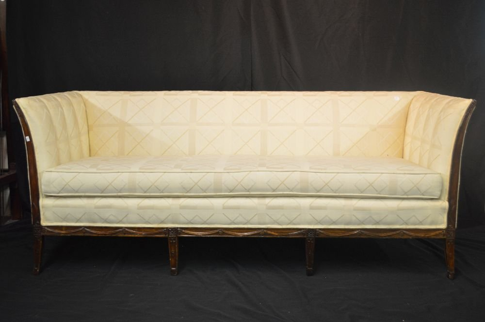 BEAUTIFUL FEDERAL STYLE  SOFA IN MINT CONDITION