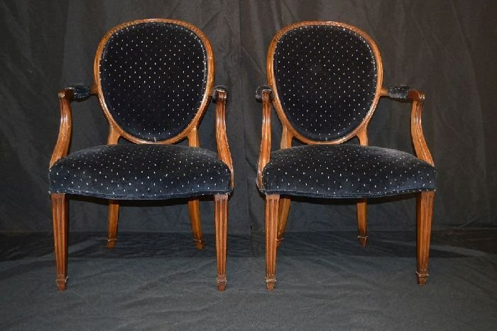 PAIR OF CUSTOM FRENCH FAUTEIL STYLE CHAIRS