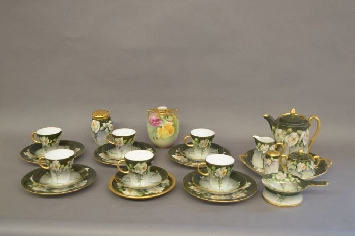 LOT OF HAND PAINTED LIMOGE LUNCHEON SET WITH WHITE