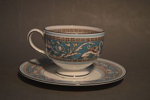 SERVICE FOR 12 WEDGWOOD TURQUOISE FLORENTINE CHINA (79 - 6