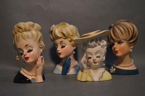 4 VINTAGE PORCELAIN HEAD VASES, WITH PEARL EARRINGS AND