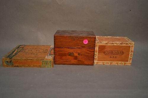3 CIGAR BOXES OF VINTAGE POSTCARDS, CHRISTMAS,