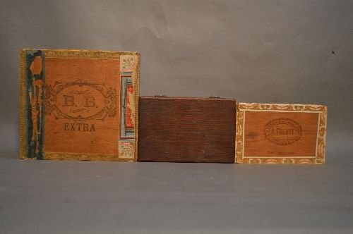 3 CIGAR BOXES OF VINTAGE POSTCARDS, CHRISTMAS, - 2