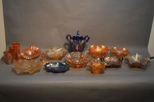 16 PIECES VINTAGE CARNIVAL GLASS, VARIOUS SIZES,