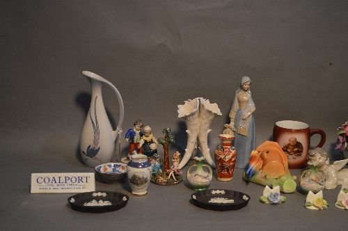 LOT OF PORCELAINS INCLUDING COALPORT LLADRO, WEDGEWOOD, - 2