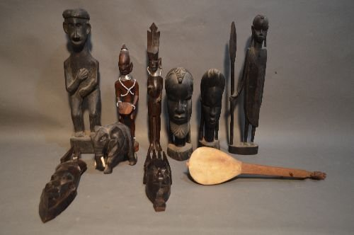 10 WOOD CARVED AFRICAN SCULPTURES AND FIGURES
