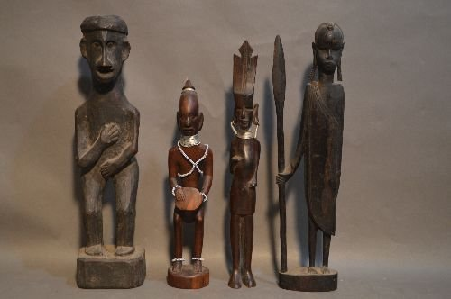 10 WOOD CARVED AFRICAN SCULPTURES AND FIGURES - 2