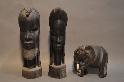 10 WOOD CARVED AFRICAN SCULPTURES AND FIGURES - 5