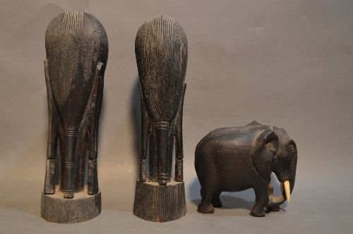 10 WOOD CARVED AFRICAN SCULPTURES AND FIGURES - 6
