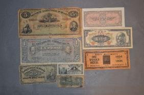 8 PIECES OF FOREIGN CURRENCY: $5 HAITIAN NOTE, $1