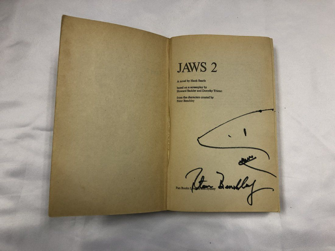 Autograph Signed Jaws 2 Book