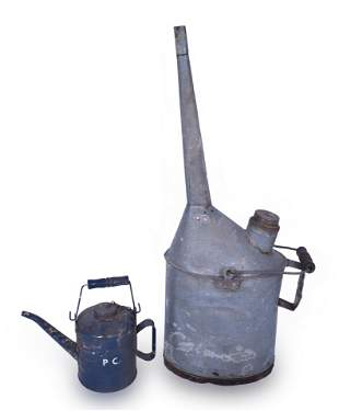 Pair of Penn Central Railroad Oil and Water Cans