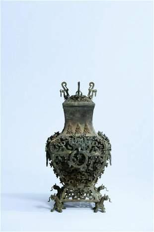 A Fine Bronze-carved 'Dragon' Bottle