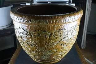 A Fine Yellow Glazed 'Dragon' Pot