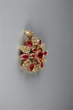 An Exquisite Gilt-bronze Ruby-Corundum Pendant