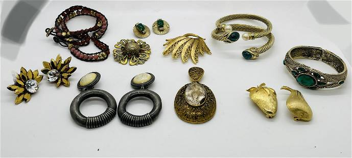 Vintage Lot of Signed Estate Costume Jewelry