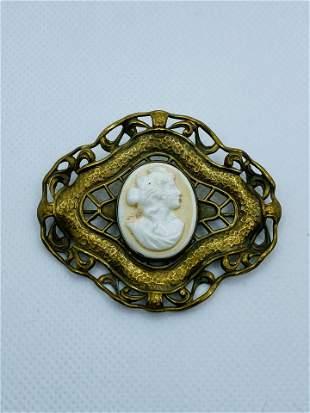 Victorian Costume Jewelry Cameo Brooch Pin