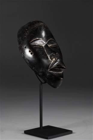 Dan mask early 20th century