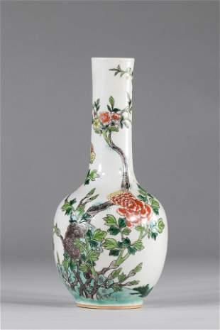Porcelain bottle vase famille verte floral decoration,