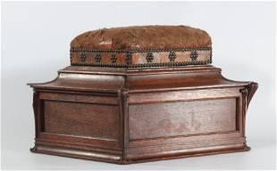 Paul Hankar att, oak chest and leather 1900