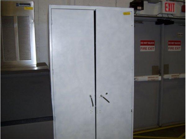 17: 1-2 door storage cabinet