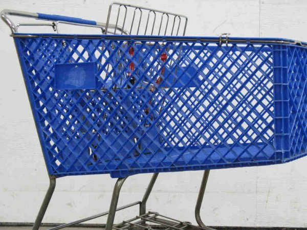 1008: 81X Shopping Carts (to be used for scrap)