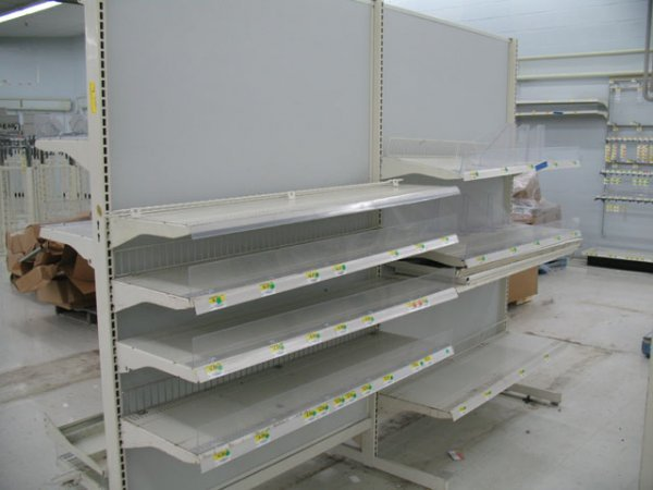 7A: 1X 8' gondola h racks with shelves no base