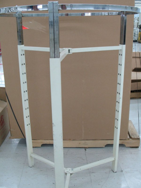 6B: Large round clothes racks