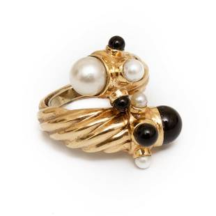 Ring, 18K Gold Cultured Pearl and Black Onyx Ring