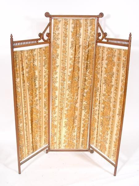 13: Victorian 3 panel room screen