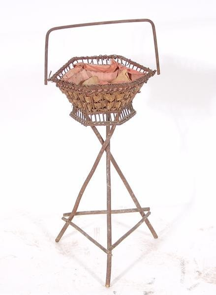 15: Wicker plant stand with handle