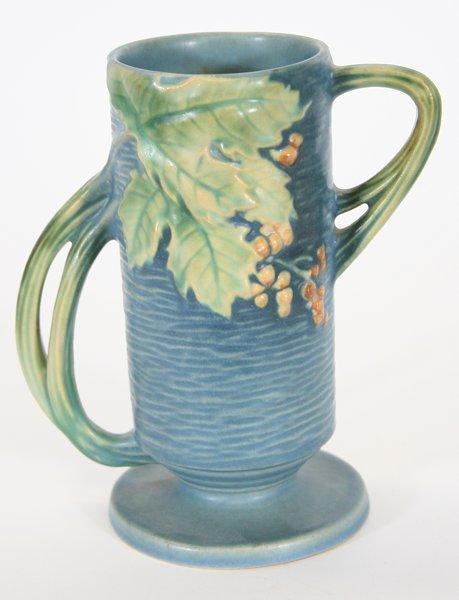 Roseville Bushberry Vase #32-7