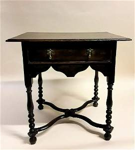 17TH CENTURY WILLIAM AND MARY PERIOD LOWBOY