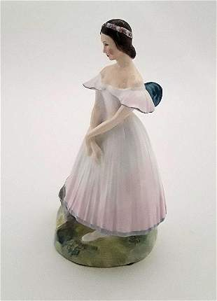 LA SYLPHIDE - ROYAL DOULTON FIGURE