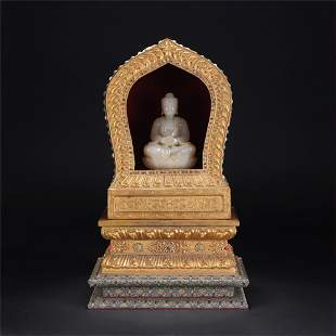 A CHINESE QING STYLE GILDING NICHE WHITE JADE FIGURE OF