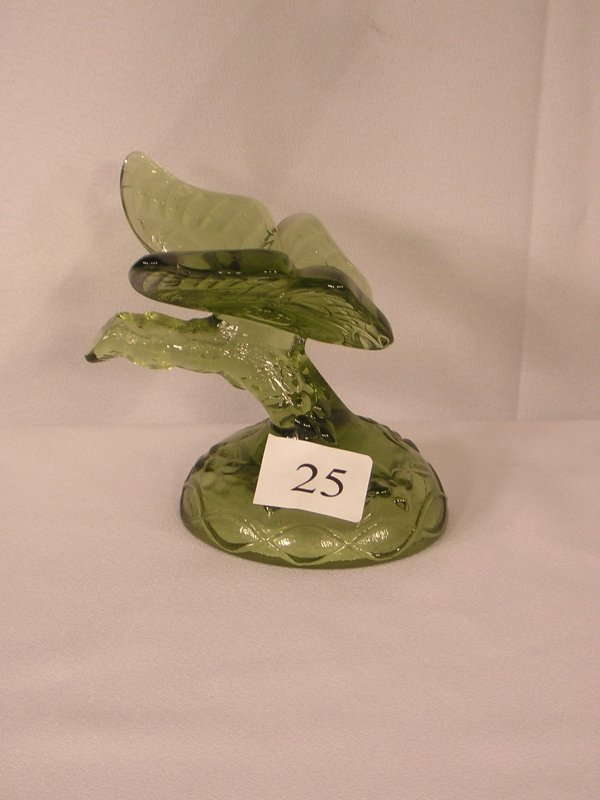 25: Fenton Colonial Green Butterfly on stand