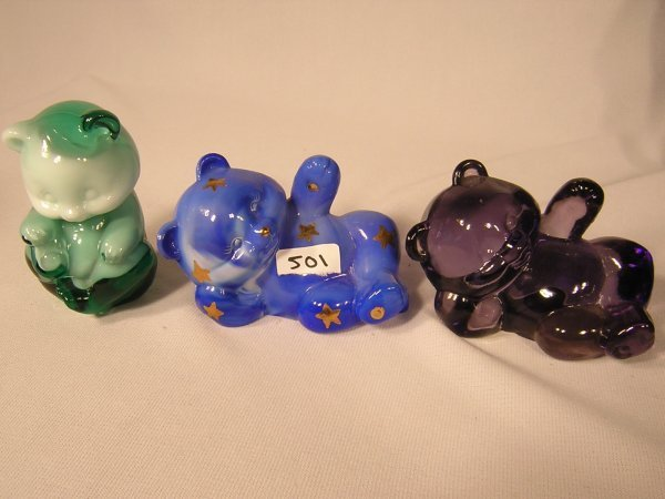 501: (3) Fenton Bears   --- 2 lying;  1 sitting