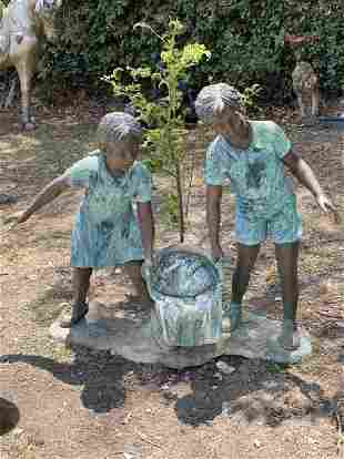 Life Size Bronze Boy and Girl Sculpture Fountain