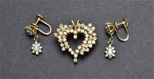 Lovely Ladies 14KT Gold Open Style Diamond Heart Pendan