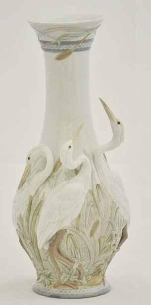 "Lladro ""Heron's Realm"" Porcelain Vase #6881"