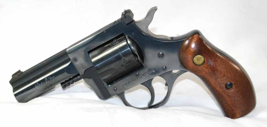 Lady Ultra .32 H & R Mag 5 Shot Revolver