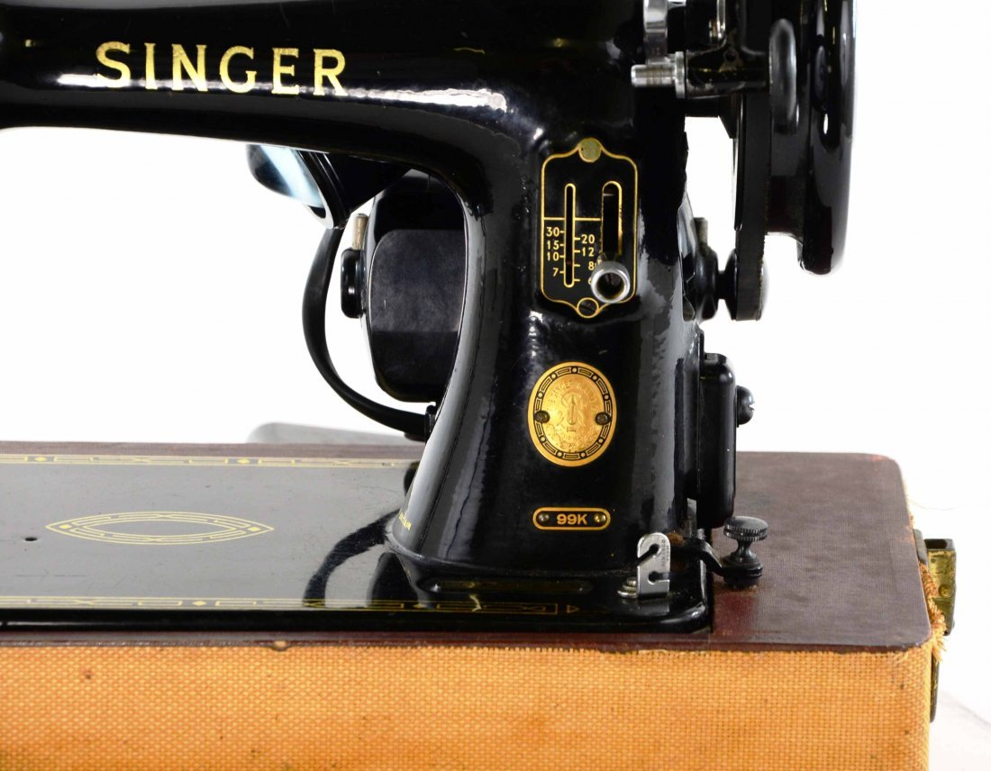 Antique Singer Sewing Machine, BZ 15-8 in Original Case - 3