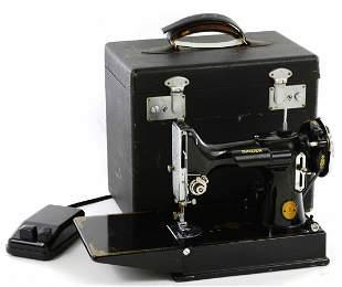 Antique Cased Singer Sewing Machine 3-110