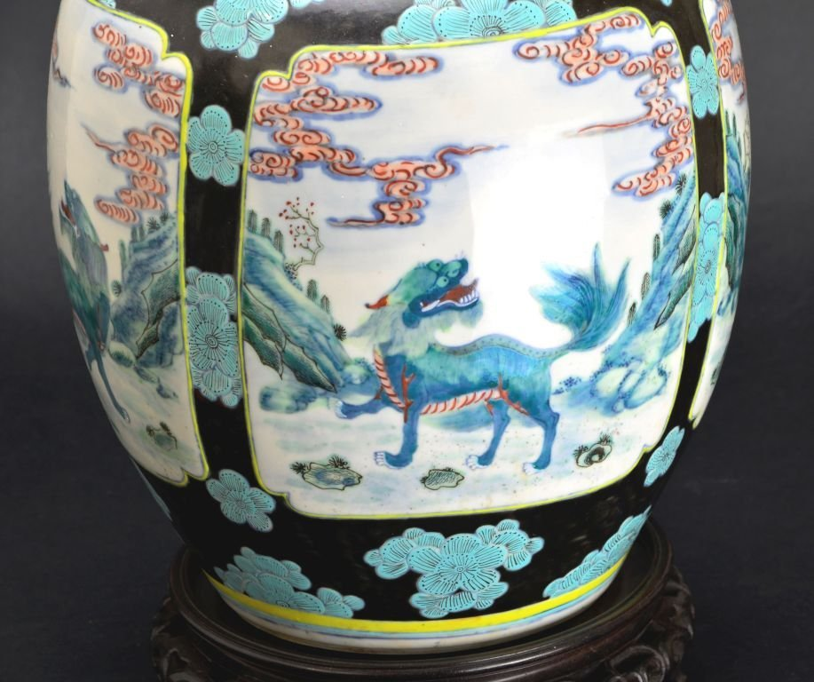 19th Cent. Chinese Famille Verte Porcelain Jar or Vase - 4