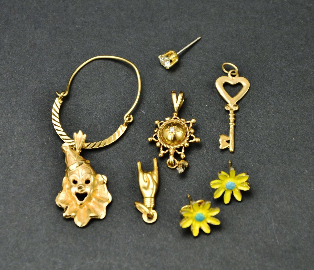 Lot of 10KT 14KT 18KT Gold Scrap or Repurpose Jewelry - 10